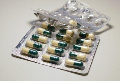 antibiotica en opgezette buik